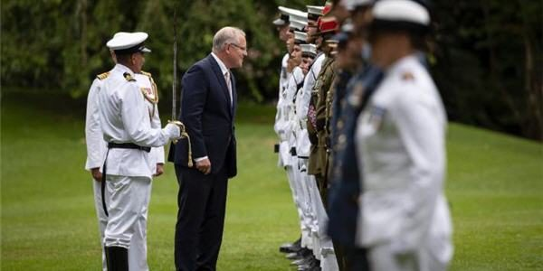 Morrison inspects troops